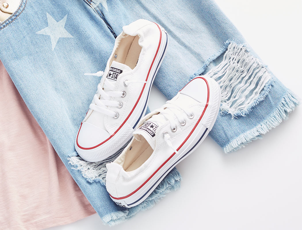 womens converse shoes with outfit shown